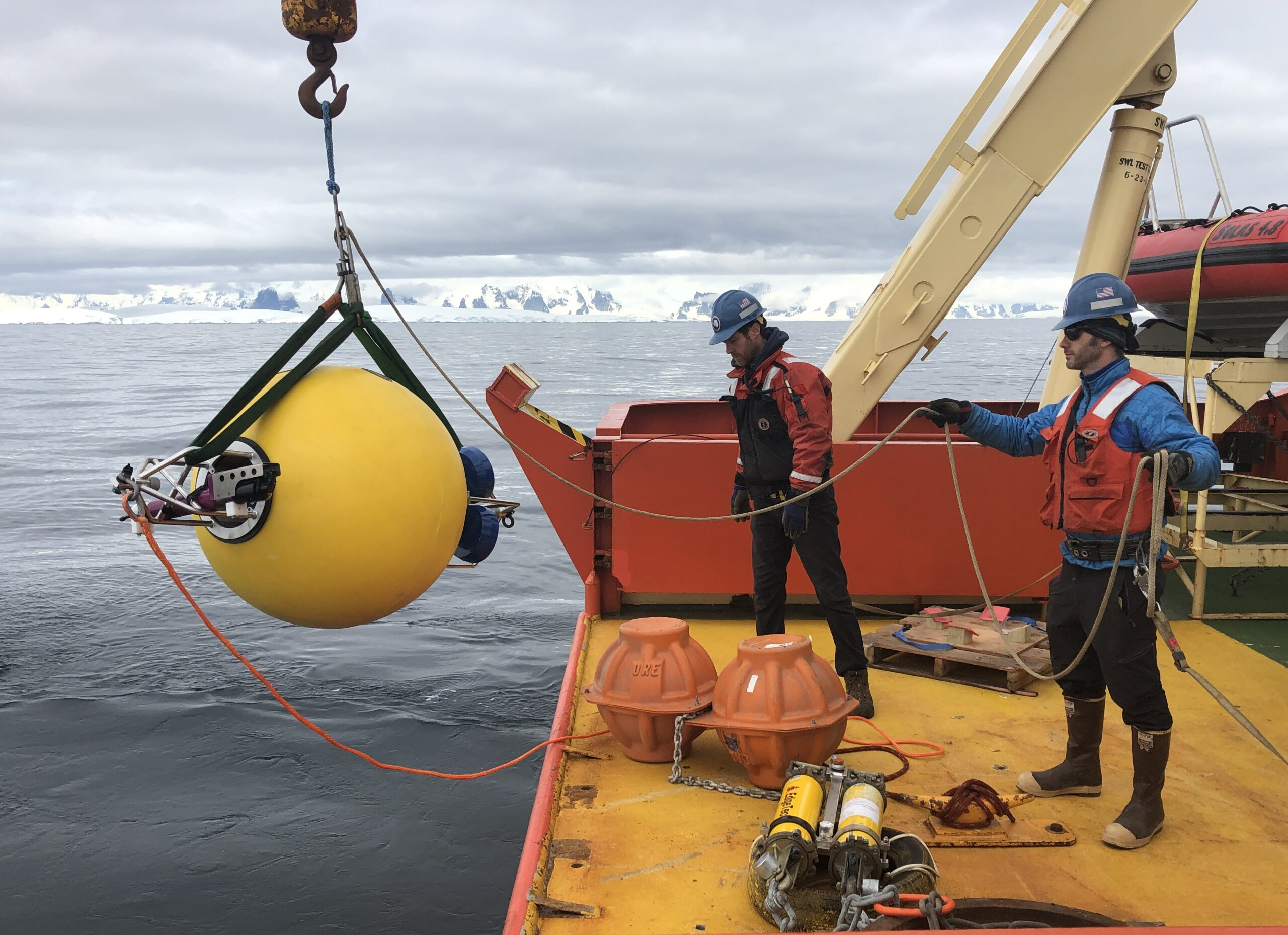 Rutgers Scientists Begin Their Summer Research… in Antarctica